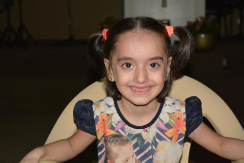 Hourria is a very sweet 6 year old  refugee from Syria.  Her mother suffers from severe arthritis.